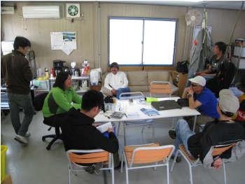 2009N413school.jpg